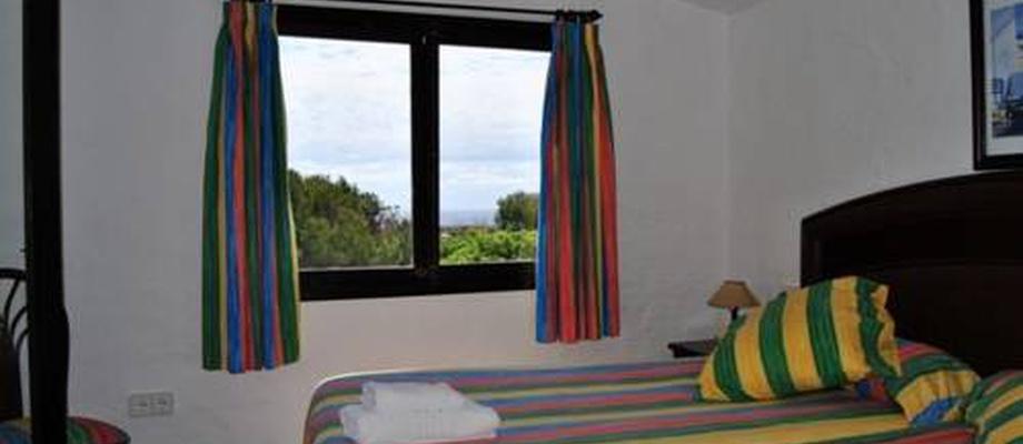 Apartamentos HLG Binivell Park